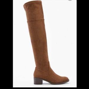 NIB Le Chateau Faux Suede Over The Knee Boot 38